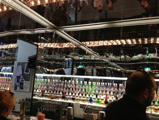 House of Bols, the Cocktail & Genever Experience: 9