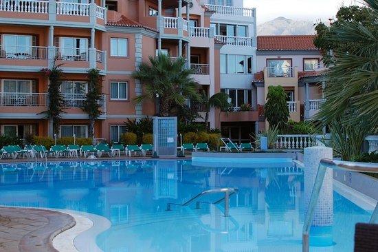 Pestana Miramar pool