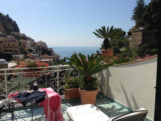 Royal Prisco Hotel: Utsikt från balkongen!