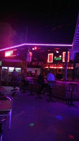 Club Sunsmile: Bar area.