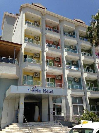 Vela Hotel Icmeler: Хороший отель вид на вход