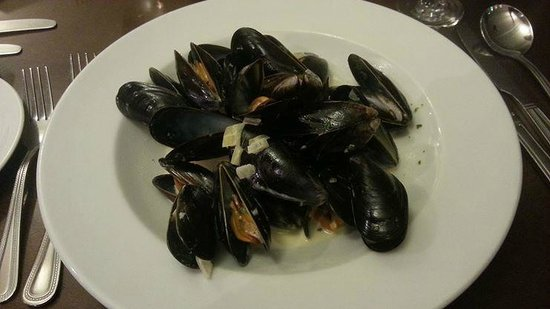 The Oban Caledonian Hotel: Mussels starter