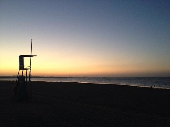 SENTIDO Oriental Dream Resort : tramonto in spiaggia