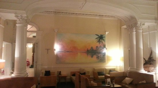 The Oban Caledonian Hotel: Reception Lounge