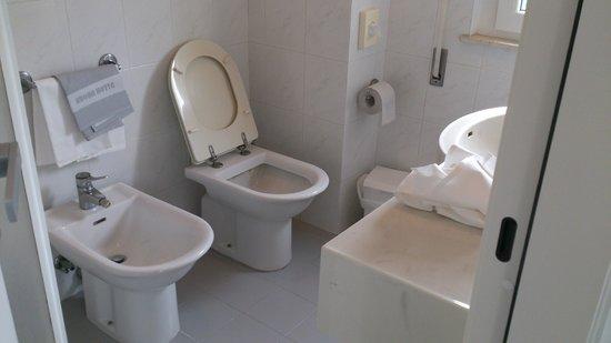 Hotel Ruhig : Bagno OK
