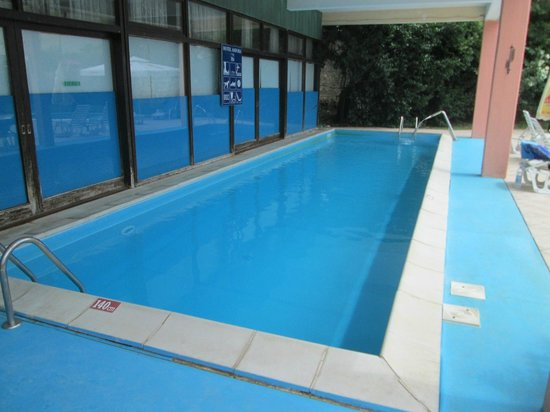 Hotel Amfora : the pool in the shade