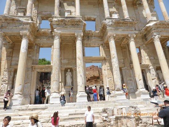 Celsus-Bibliothek: Fachada