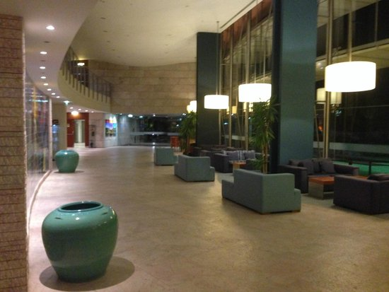 Pestana Vila Sol, Vilamoura: Reception and entrance