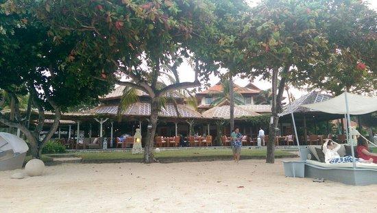 The Veranda : Great tasting food and amazing location!