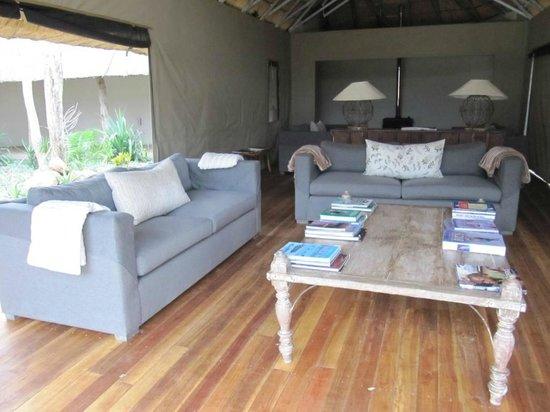 Elephant's Eye, Hwange: living room