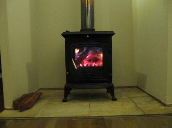 Elephant's Eye, Hwange: cosy fireplace