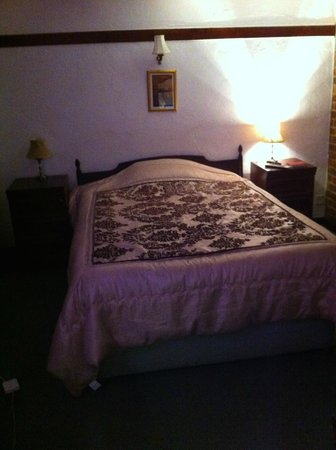 The Harrow Inn: Comfortable bed