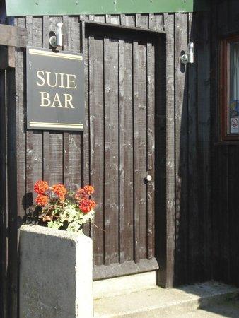 Suie Bar: Friendly local bar