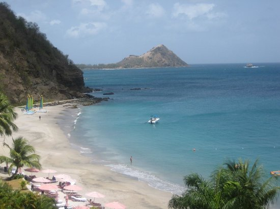 BodyHoliday Saint Lucia : View of the beach from my terrace