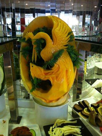 Labranda Ephesus Princess : a melon carving