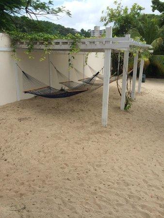 Royal Decameron Montego Beach: more hammocks