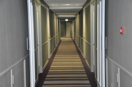 Jurys Inn Dublin Christchurch: Hallways