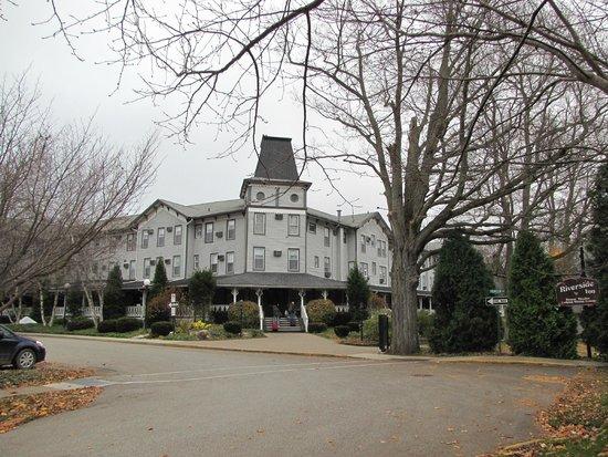 The Riverside Inn: The Hotel