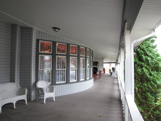 The Riverside Inn: Porch, West side