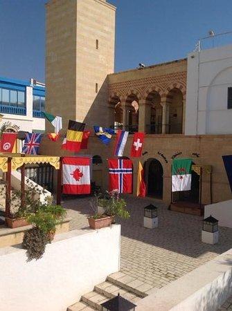 Hotel Diar Lemdina : All welcome