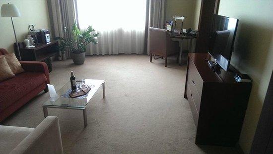 Sheraton Poznan Hotel: Möbel schon etwas abgewohnt