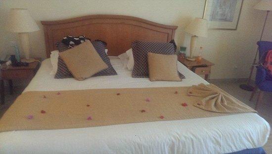 Saphir Palace & Spa: big bed