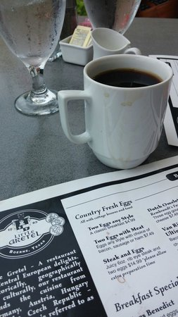 Little Gretel Restaurant : Look at the really clean coffee mug they brought me