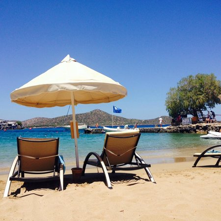 Elounda Mare Relais & Chateaux hotel: Lovely beach