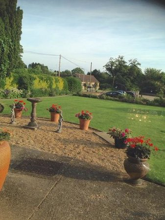Toft Country House Hotel And Golf Club: Well-kept gardens to look out onto
