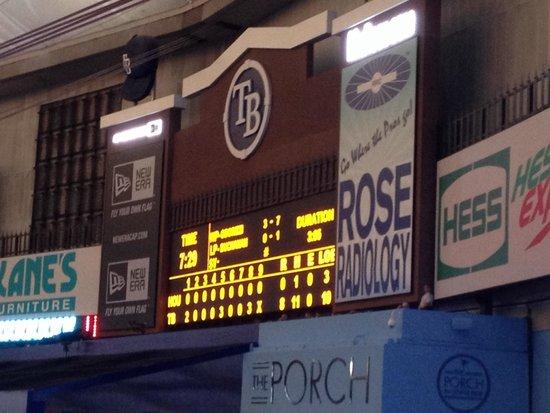 Tropicana Field : Scoreboard