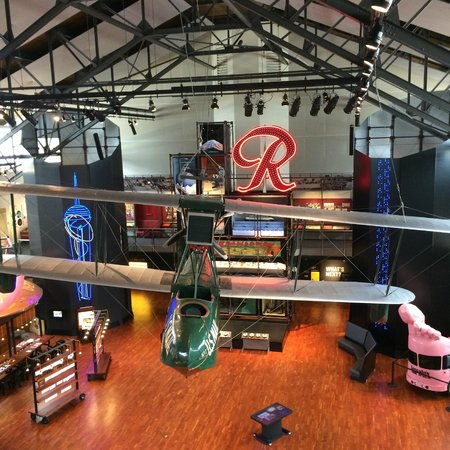 Museum of History & Industry: Museum of History and Industry, Main Foyer