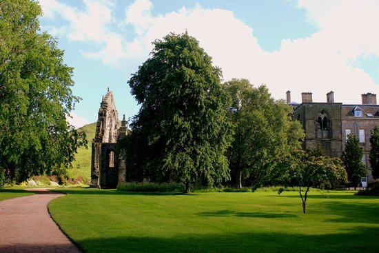 Palace of Holyroodhouse: View from the gardens