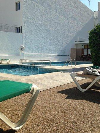 Hostal Tarba: Hotel Tarba Pool