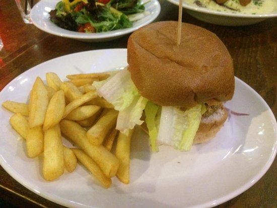 Potters Bar and Kitchen: Bean Burger
