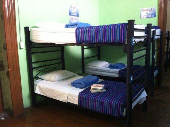 Hostal Santo Domingo: Dormitorios compartidos