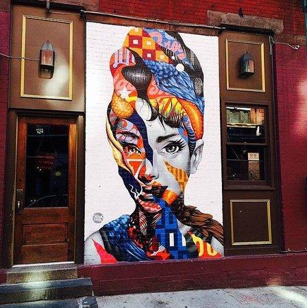 Gotham Walking Tours of New York City: Beautiful Street Art