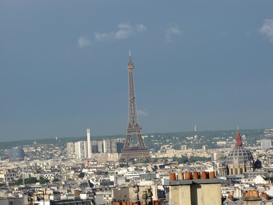 Hôtel des Arts - Montmartre : Eiffel Tower from room 63