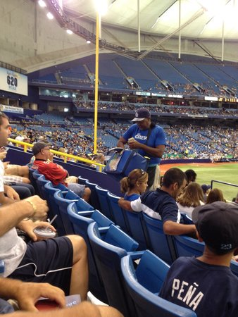 Tropicana Field : Vendors