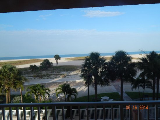 Surf Beach Resort: view from balcony looking west towards the Gulf