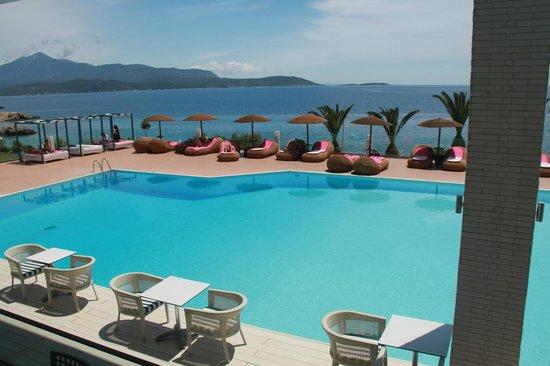 Proteas Blu Resort: bassengområdet.