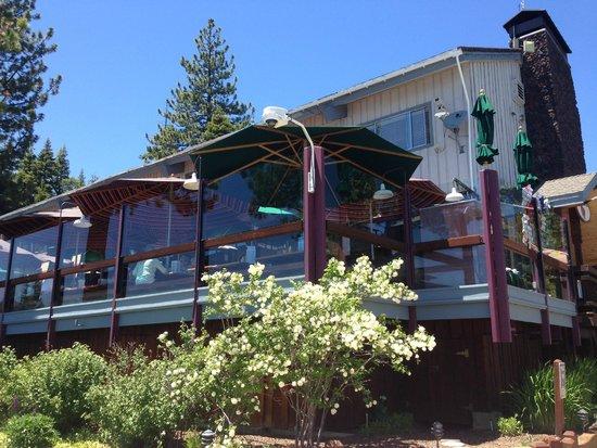 Gar Woods Grill & Pier Restaurant: What a beautiful place