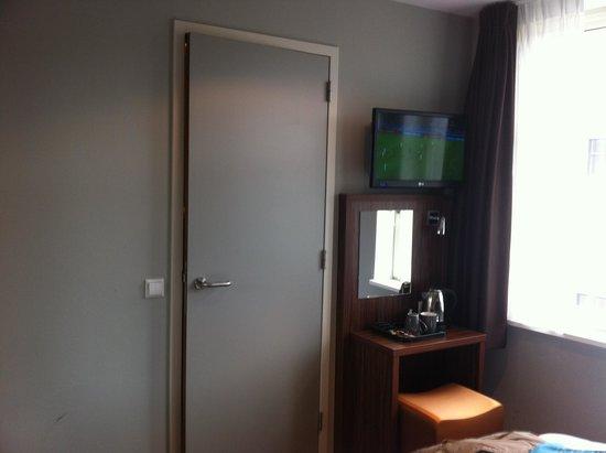 Linden Hotel: Room