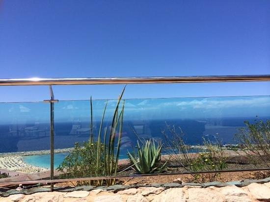 Gloria Palace Royal Hotel & Spa: sunbathing