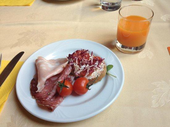 Room Mate Isabella : Café da manhã delicioso!
