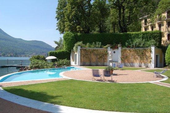 Ville Lago Lugano: Pool