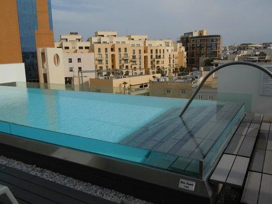 Hotel Valentina : piscina