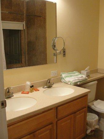 Lime Tree Bay Resort : Bathroom