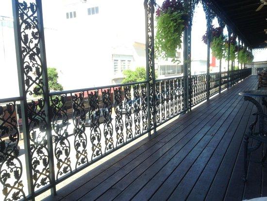 The Marshall House: Balcony