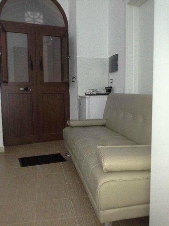 Dettaglio armadio 2 Ante e Divano letto - Bella - Picture of Bell ...
