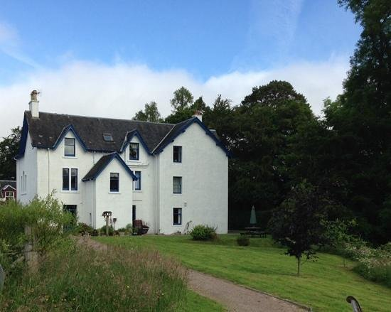 Corriechoille Lodge : The lodge from garden